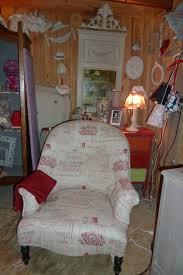tissu pour fauteuil crapaud patine de meuble shabby chic rose le gac