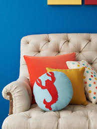 Designer Throw Pillows For Sofa by No Sew Throw Pillow Designs Rachael Ray Every Day