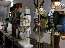 decorating various of nutcrackers for