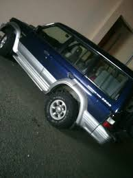 mitsubishi pajero full cockroach automobile pinterest