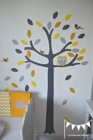 theme chambre bébé mixte sur commande stickers arbre hibou et petits oiseaux jaune gris