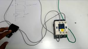 1 dol direct on line starter of three phase motor using a