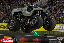 purple grave digger monster truck monster jam world finals xvii photos friday racing