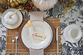 thanksgiving set diy thanksgiving table with gold feather polka dot place cards fox