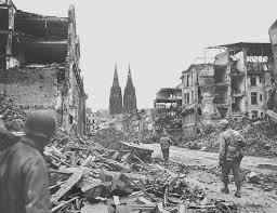 deutsche küche köln american soldiers crossing cologne kölner dom 1945