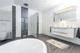 große badezimmer großes badezimmer easy home design ideen homedesignde