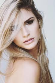 blonde hair brown eyes been thinking of going blonde im sure my skin