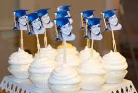 personalized cupcake toppers 5 graduation congratulations cupcake toppers from etsy