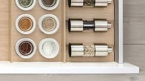 amenagement interieur tiroir cuisine rangement interieur tiroir moulins et bocaux a acpices dans