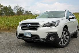 subaru outback 2017 interior 2018 subaru outback review autoguide com news