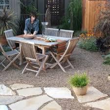 Backyard Pebble Gravel The 25 Best Pea Stone Ideas On Pinterest Pea Gravel Garden