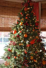 Fruit Decoration For Christmas by Williamsburg Fruit Tree Christmas Tree Decorating Ideas