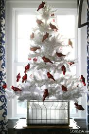 Blue And White Christmas Decorations Uk by Best 25 White Christmas Tree With Red Ideas On Pinterest