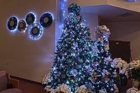 Christmas Tree Decorations Blue And Purple by Blue And Purple Christmas Tree Decorating Ideas U2013 Home Design And