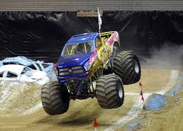 show me a monster truck photo gallery selive 2011 recap 12 30 11 southeast missourian