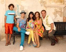 wizards of waverly place tv shows i love glee has its own
