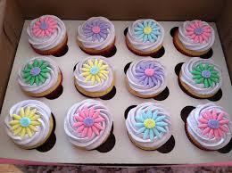 cupcakes decorations peeinn com stunning easy decorating cupcakes ideas home decorating ideas