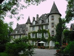 chambre d hotes dans le cantal château de courbelimagne chambres d hôtes à raulhac cantal