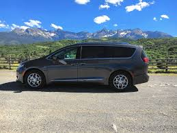 2017 chrysler pacifica minivan is king of the family car hill