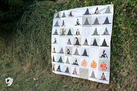 halloween quilt pattern introducing the halloween haberdashery quilt pattern the polka