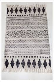 Black And White Rugs Best 25 Tribal Rug Ideas On Pinterest Funky Rugs Living Room