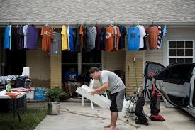 Abc Garage Doors Houston by Picture Gulf Coast Residents Struggle To Recover After Hurricane