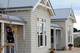 choosing exterior paint colours doing our block
