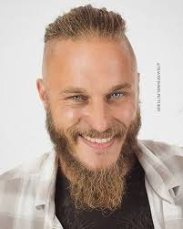 what is going on with travis fimmels hair in vikings 1330 best den sötaste travis fimmel images on pinterest