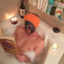 Women Bathtub Man Reading To Woman In Bathtub Best Bathtub Design 2017