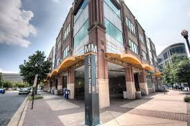 Barnes And Noble Clarendon 1 Recommended Hotel In Clarendon Hotels Near Dc Metro
