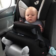 a quel age on enleve le siege auto y a t il une taille mini et maxi pour utiliser un siège bouclier