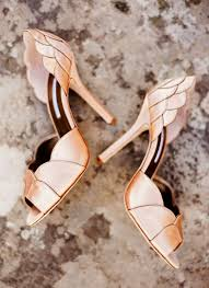 wedding shoes tips 5 tips to choose the bridal shoes for the wedding
