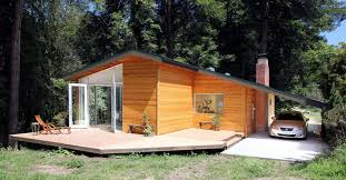 How To Build A Shed Summer House by Small Wood Homes And Cottages 16 Beautiful Design And