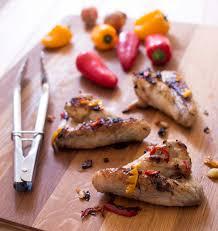 cuisine sur plancha ailes de poulet marinés aux poivrons à la plancha les meilleures
