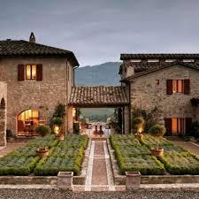 italian country homes habitually chic castello di reschio