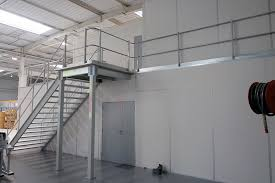 entrepot bureau amso aménagement bureau et mezzanine d entrepôt