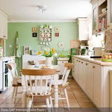 weiße küche wandfarbe die besten 25 küche grün ideen auf küche deko grün