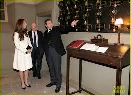 Downton Abbey Halloween Costume Kate Middleton Meets Cast U0026 Crew U0027downton Abbey U0027 Visit