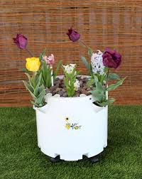 Self Watering Rolling Pot Self Watering Planter Mypot