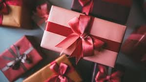christmas gifts for employees ways to reward employees and gain a return on investment
