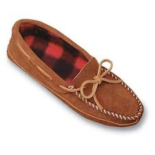 womens moccasin boots size 12 7158 best minnetonka s moccasins images on