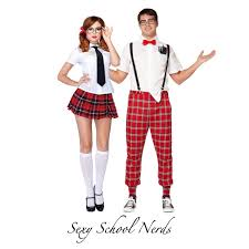 Affordable Halloween Costumes 5 Affordable Halloween Costumes Couples