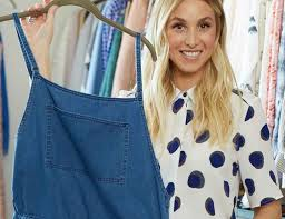 one of my favorite stores has arrived in la whitney port