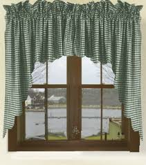 Hunter Green Kitchen Curtains by Hunter Green Gingham Check Scalloped Window Swag Valance Set