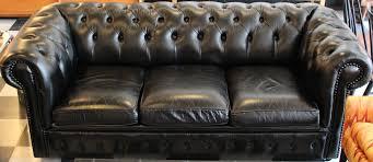 Leather Button Sofa Black Leather Tufted Sleeper Sofa Hancock Italian Chesterfield And
