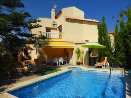 3 bedroom town house 3 bed beach house with private swimming pool