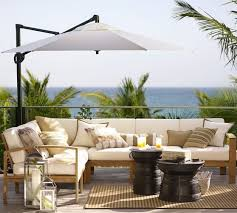 Pottery Barn Patio Umbrella by Best 25 Cantilever Umbrella Ideas Only On Pinterest Deck