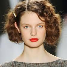 idã e coupe de cheveux femme cheveux frisés nos idées de coiffures pour cheveux frisés