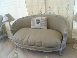 canap style louis xv canapé corbeille style louis xv peint et patiné gris tissu