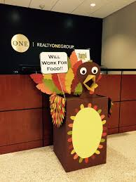 the food network thanksgiving foster the food drive turkey decorated food drive box that u0027s